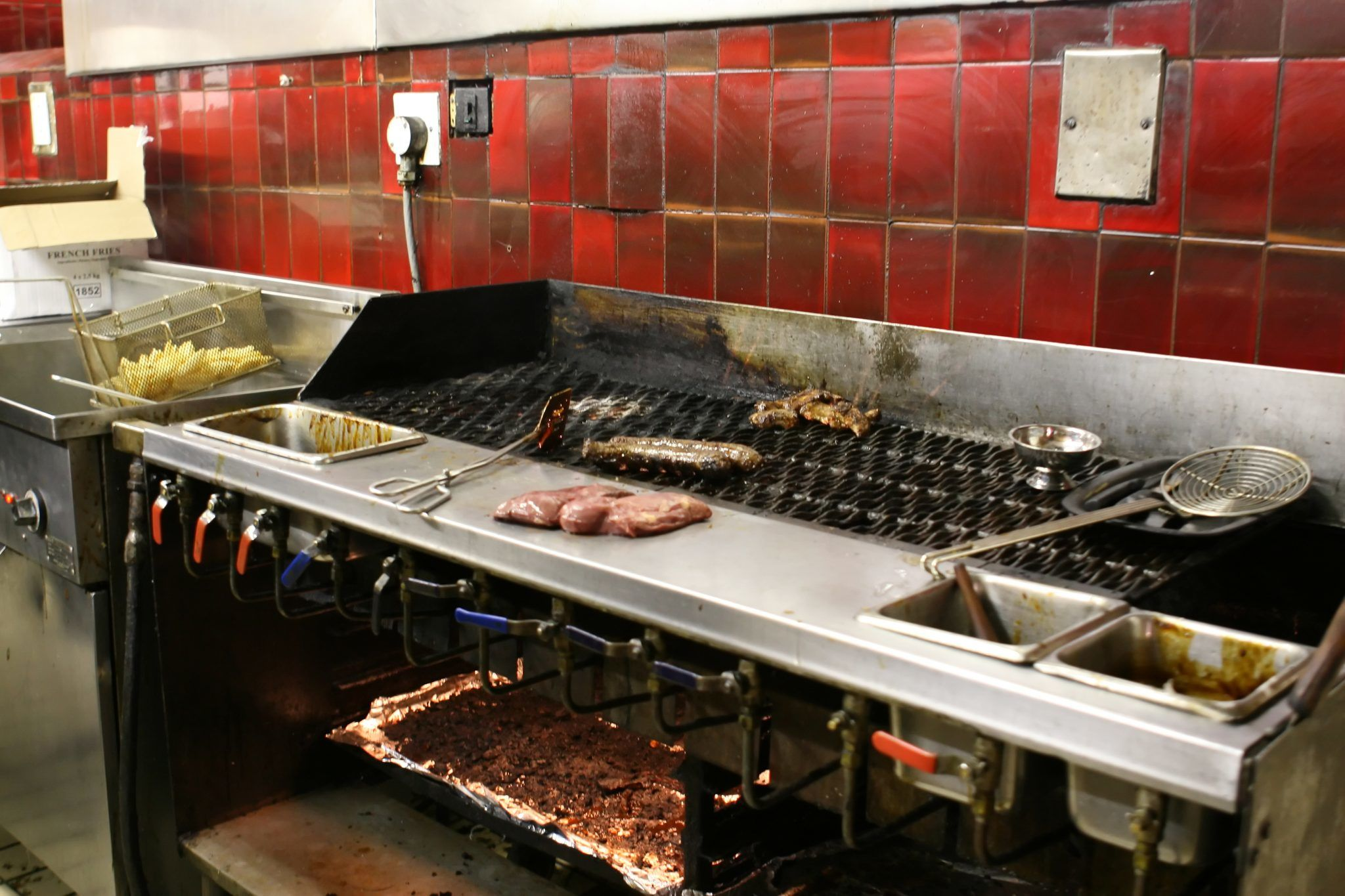 Why It's Critical to Keep Your Commercial Kitchen Clean